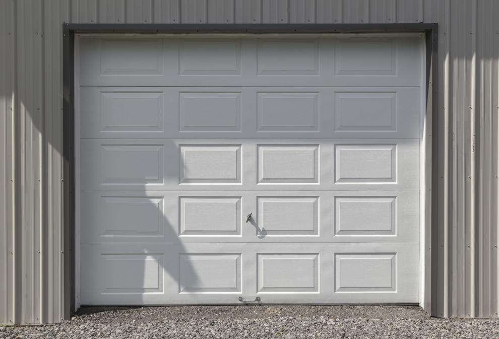 Shopping for a New Garage Door? Confused? Read This!