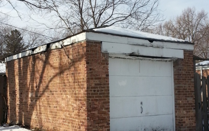 Winter Maintenance Tips for Garage Doors