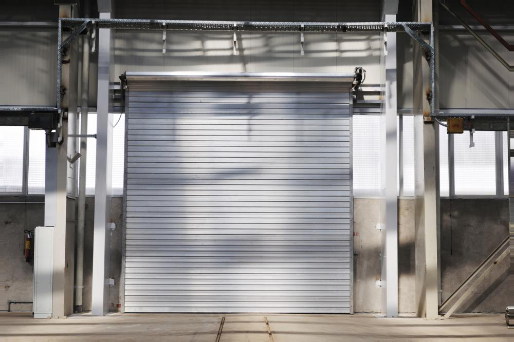 It's All About Choices: A Complete Guide to Commercial Garage Doors