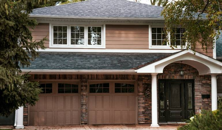 Why You Should Invest in An Insulated Garage Door